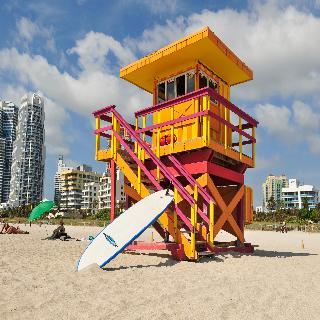 ocean reef suites miami beach. Black Bedroom Furniture Sets. Home Design Ideas