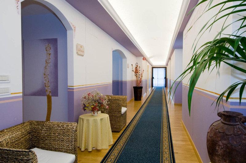 Hotel Terme Imperial, Via San Pio X,1