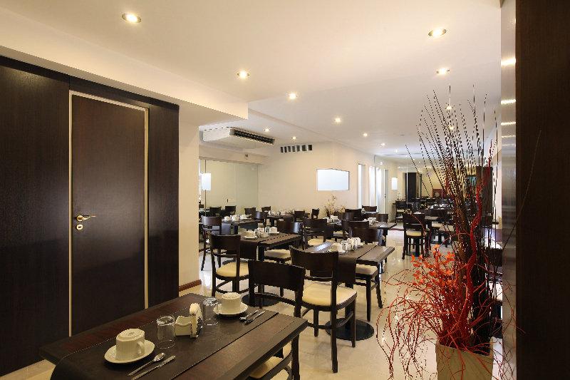Europlaza Hotel & Suites - Restaurant