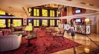 Maxims Hotel - Diele