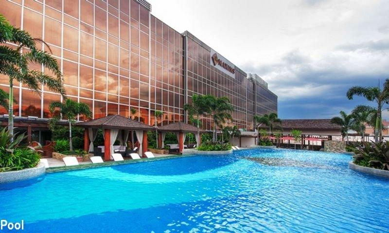 Maxims Hotel - Pool