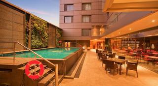 Radisson Blu Hotel Chennai…, No 2 Ethiraj Salai, C-in-c…