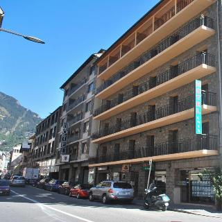 Alfa Hotel - Generell