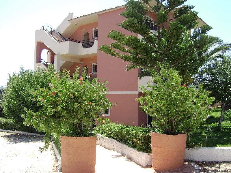 Lofos Apartments, Ag. Stefanos,.