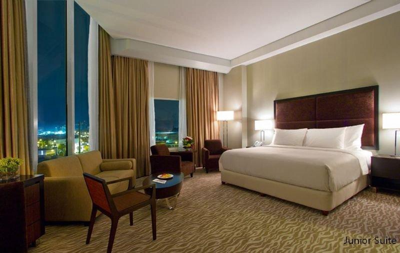 Acacia Hotel Manila - Zimmer