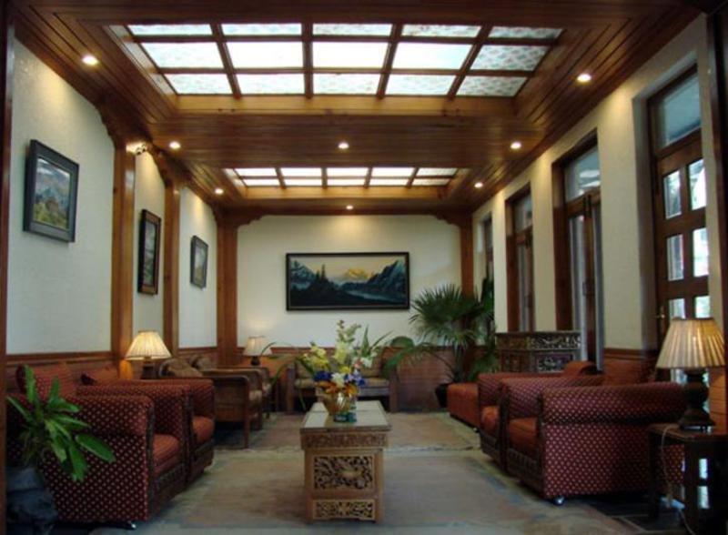 Nirvana Garden Hotel - Diele