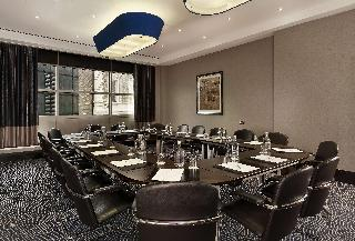 DoubleTree by Hilton London - Victoria