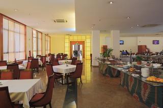 Ritz Victoria Garden - Restaurant