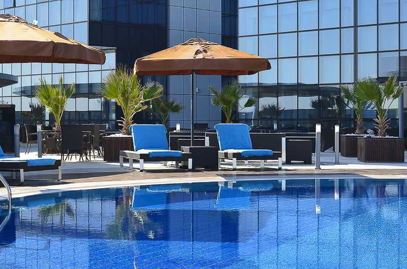 Ibis Abu Dhabi Gate - Pool