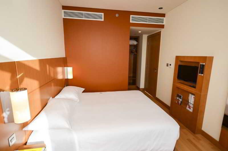Ibis Abu Dhabi Gate - Zimmer
