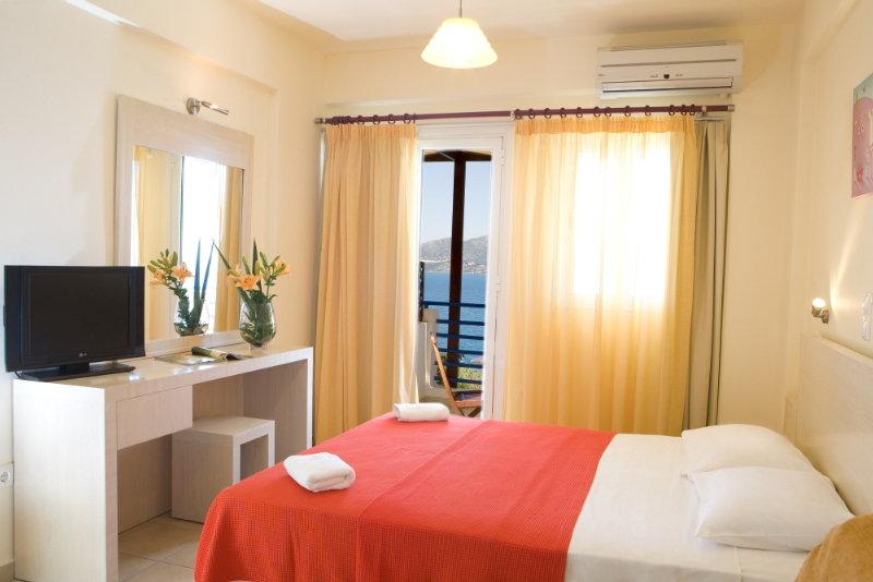Adriatica Hotel, Nikiana,