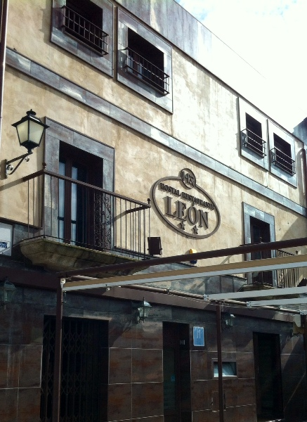 Hostal Restaurante León