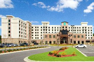 Embassy Suites Fayetteville/Fort…, 4760 Lake Valley Drive,