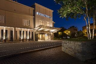 DoubleTree by Hilton Brownstone-University