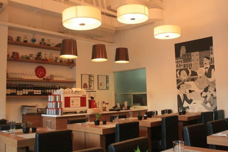 The Exchange Regency Residence Hotel - Restaurant