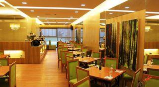 BSA Twin Towers - Restaurant