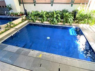 One Pacific Place Serviced Residences - Pool