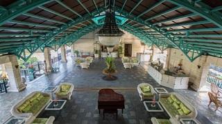 Plantation Bay Resort And Spa - Diele