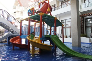 Crown Regency Resort and Convention Center - Pool