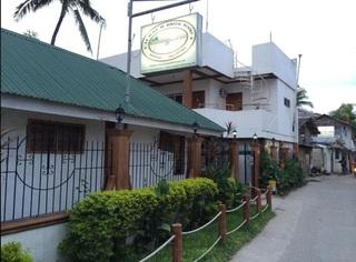La Plage De Boracay…, Station 1 Balabag,