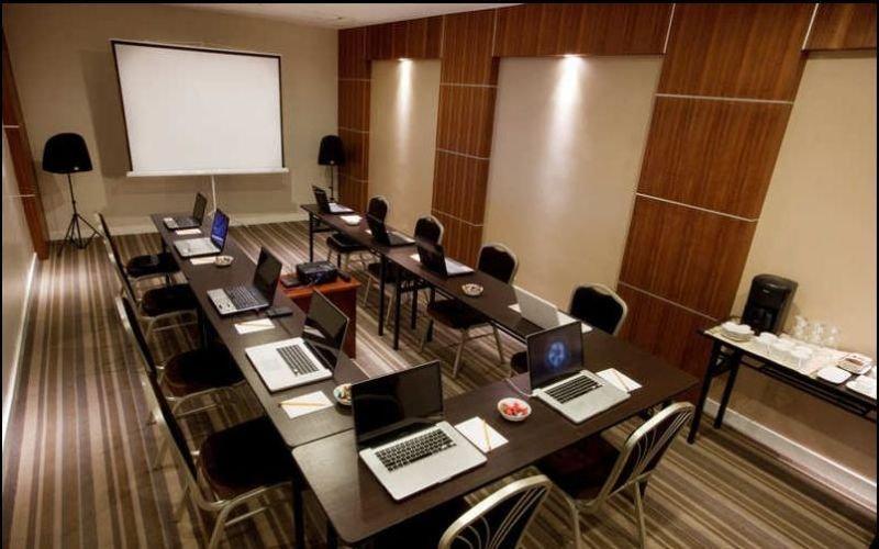 Hotel Elizabeth Cebu - Konferenz