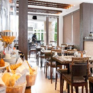 The District Boracay - Restaurant