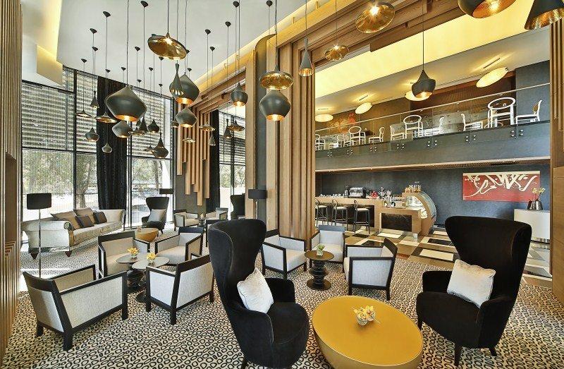 Four Points by Sheraton Doha - Bar