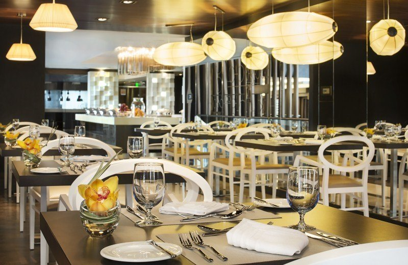 Four Points by Sheraton Doha - Restaurant