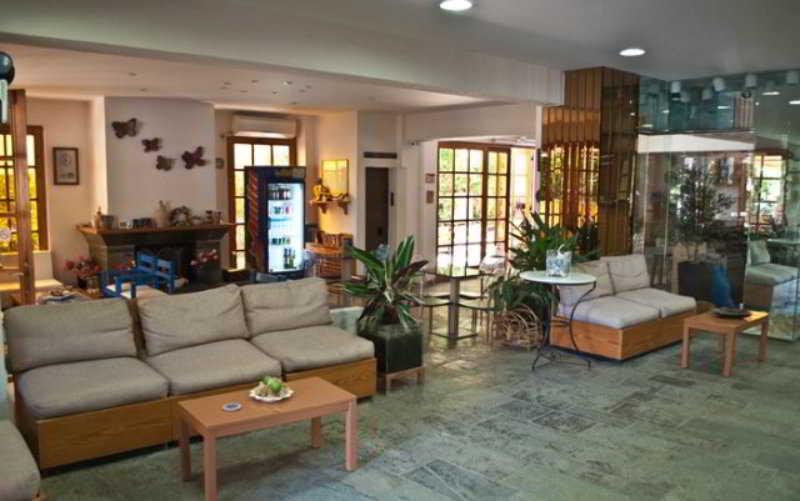 Stefanakis Hotel & Apartaments
