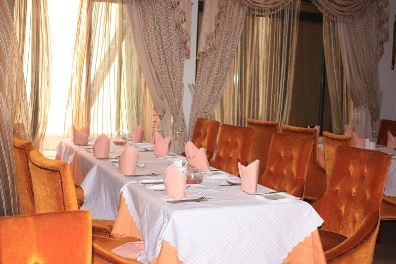 Boma Inn - Restaurant