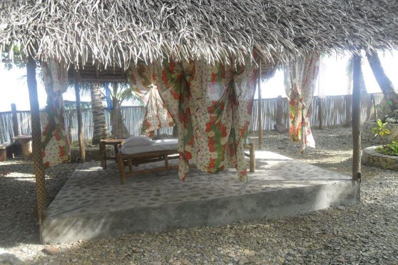 Nitivos Beach Resort, Kilometer 59 Barangay San…