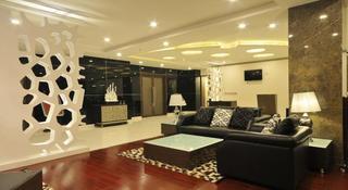 Fern Residency, Deluxe Cinema Chowk, Kuvadva…