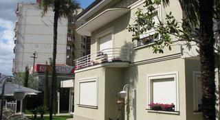 Sokrat Hotel, Rr. E Elbasanit, 81 Tirana,…
