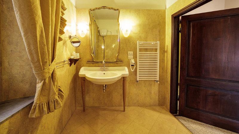Portici Hotel