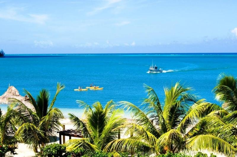 Turquoise Bay Resort - Strand