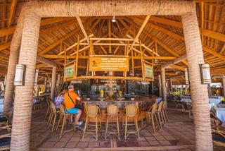 Fridays Boracay Resort - Bar