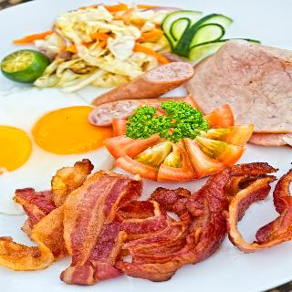 Fridays Boracay Resort - Restaurant