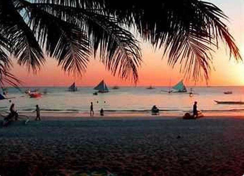 Frendz Resort Boracay - Strand