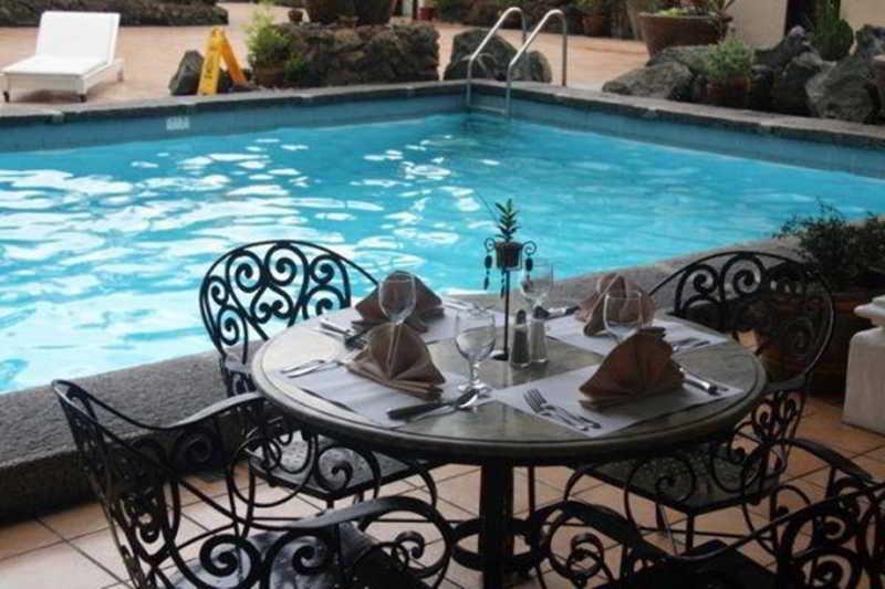 Copacabana Apartment Hotel - Pool