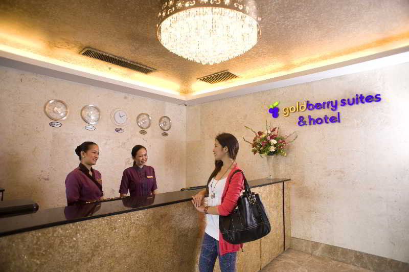 Goldberry Suites and Hotel - Diele