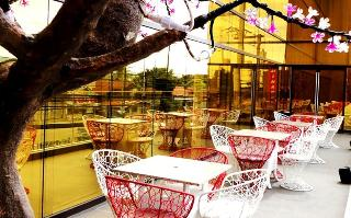 Goldberry Suites and Hotel - Terrasse