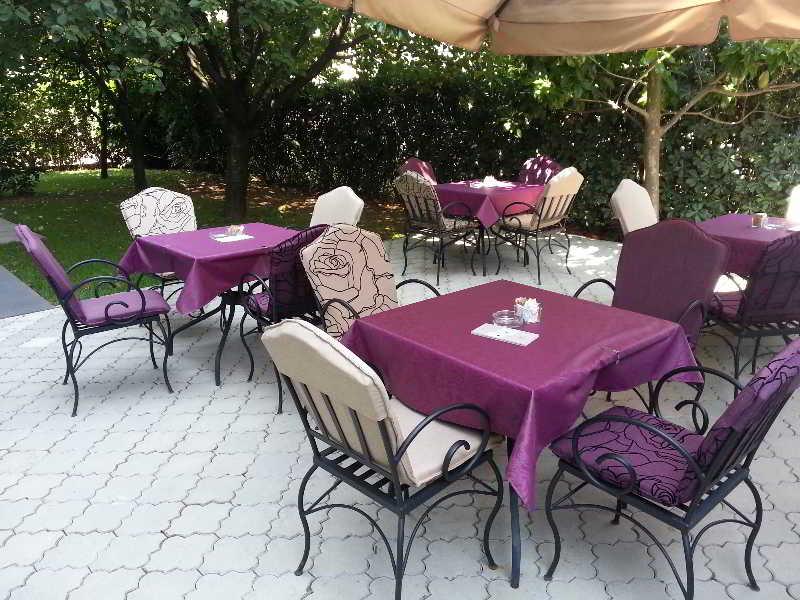 Philia Hotel - Terrasse