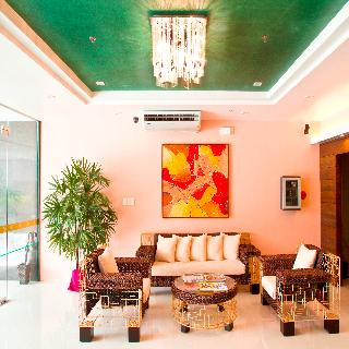 Allure Hotel and Suites - Diele
