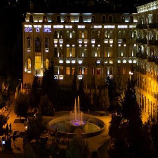 Grand Hotel, Zargarpalan Str. 66,66