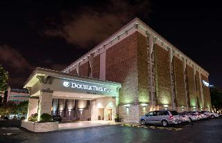 Doubletree by Hilton Montgomery