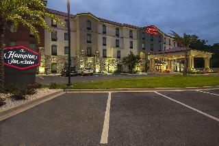 Hampton Inn And Suites Pensacola