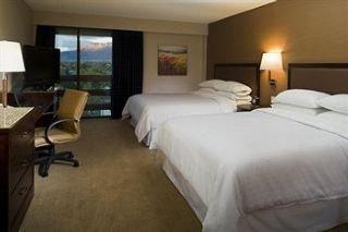 Sheraton Albuquerque Uptown Hotel