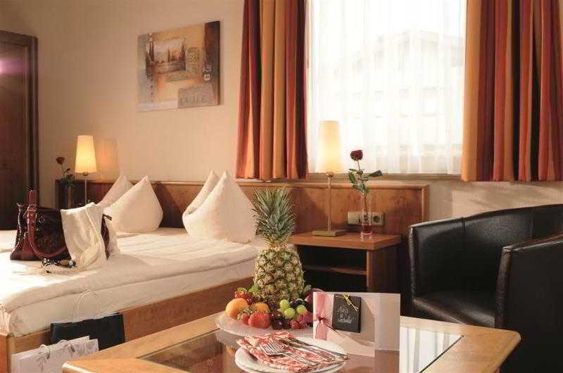 Best Western Hotel Stuttgart…, Fabrikstrasse 6,