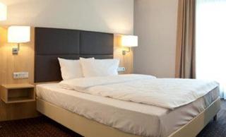 Best Western Premier Hotel Lanzcarre