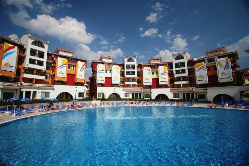 Marina Cape Apartments - Pool